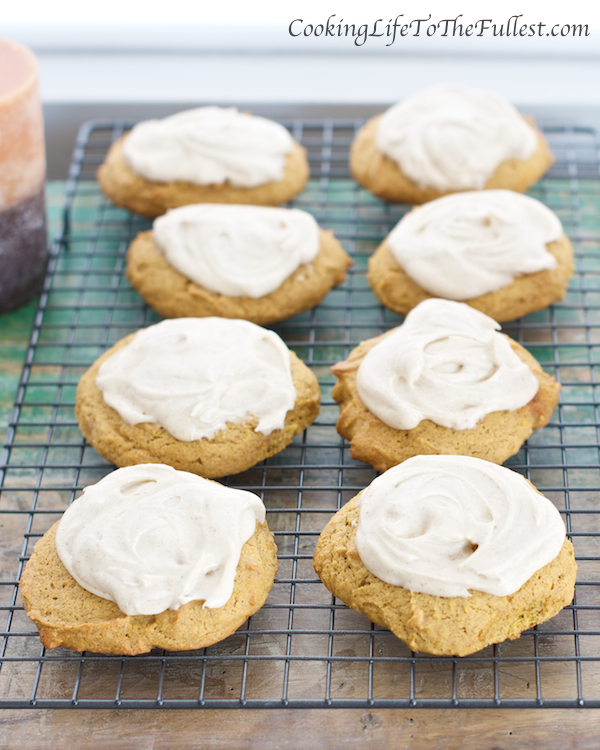 Pumpkin Cookies with Cinnamon Cream Cheese Frosting - Cooking Life to ...