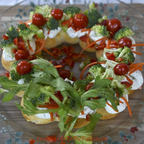 Veggie Pizza Christmas Wreath